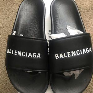 Sold Mens Authentic Balenciaga Pool